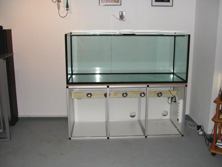 marine system aquarium unterschrank aus aluminiumprofilen 150x60x70cm vollverkleidung. Black Bedroom Furniture Sets. Home Design Ideas